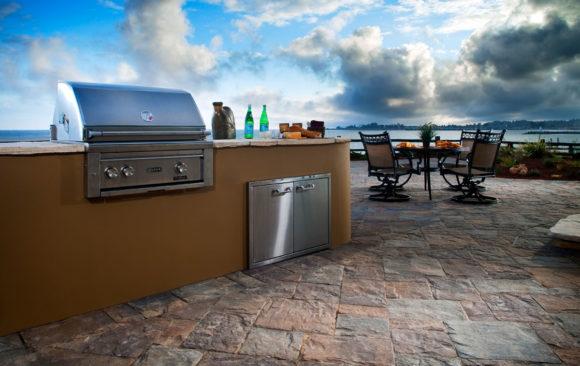 Mega Lafitt Kitchen