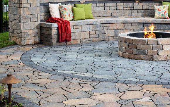 Retaining Wall Bench with Firepit
